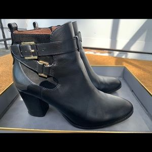 Black Ankle Boot Louise et Cie Size 8